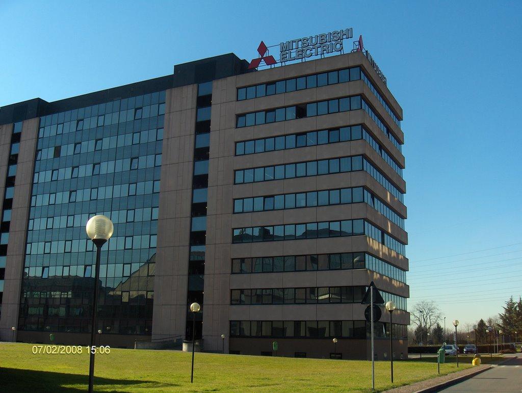 Mitsubishi Electric Producator Sisteme Climatizare